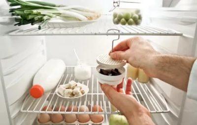 как убрать запах в холодильнике
