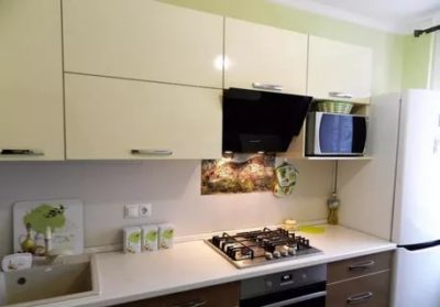 куда поставить микроволновку на кухне