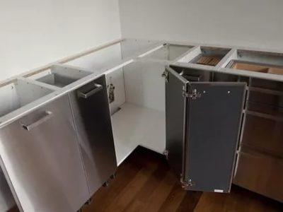 как собрать угловую кухню